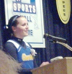 Sarah Kaya of Clearview speaks after winning the 2014 J. Ed Uland Award.